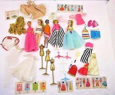 Vintage Lot Of Topper Dawn Dolls Clothes Hangers 1970's Doll Toys