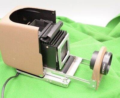 Minolta Mini 35 MM Slide Projector with Carry Case and box, Vintage