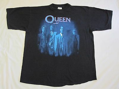 Queen  :  Vintage ' The Miracle ' Official T-Shirt - 1989 - Freddie Mercury