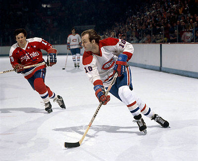 Guy Lafleur  Montreal Canadiens Unsigned 8x10 Photo