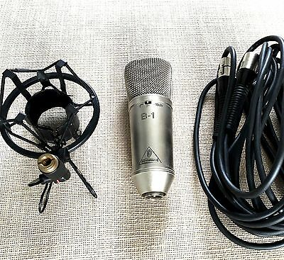 Behringer B-1 : Condensor Microphone : With shockmount and XLR cable Mic