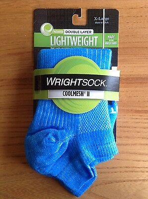 NEW Wrightsock Coolmesh II Double Layer Running / Sports Socks in Electric Blue