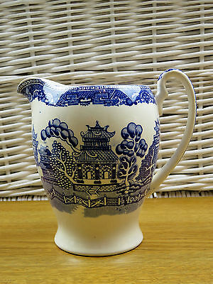 "Vintage Alfred Meakin Willow Pattern Jug Approx 6"" Tall"