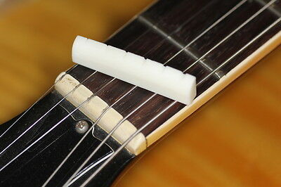 """Bone Nut Pre Shaped and slotted for Gibson® guitars Flat bottom (12"""" radius)"""