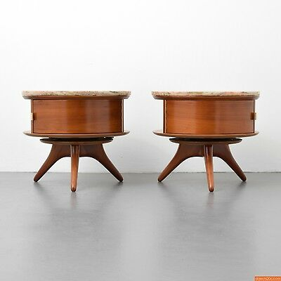 Pair of Rare and Early Vladimir Kagan #3421 Nightstands or End Tables
