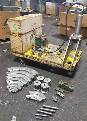 """GREENLEE 884-885 3/4"""" to 4"""" Hydraulic Pipe Bender Set With Pump"""