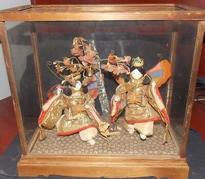 Nice Vintage Japanese Doll Scene/diorama! Beautiful Butterfly Women & Wood Tree!