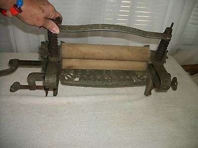 RARE Antique  Anchor Brand Domestic Hand Crank Clothes Wringer - No. 22