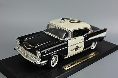 Road Legends Chevy Chevrolet 57 1957 Bel Air California Police Car Boxed 1:18