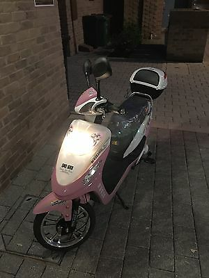 Electric Moped Scooter 250W