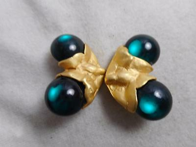 Finky Vintage Folded Brushed Gold Tone & Emerald Green Lucite Berry Earrings