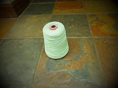4ply CONE SOFT GREEN ACRYLIC MACHINE / HAND KNITTING/CRAFTING YARN approx 485g
