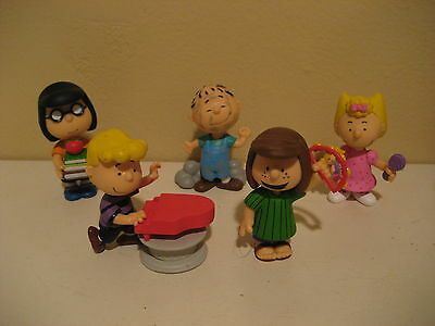 Peanuts Collection - 5 Figures From The Charlie Brown Series (See Photos)