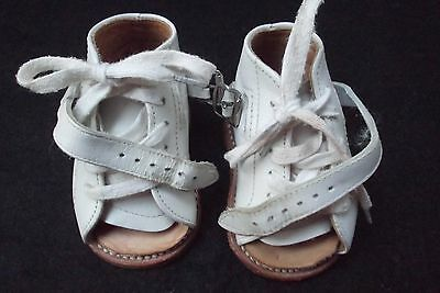 vtg Tarso wht leather open toe lace up buckle strap baby orthopaedic shoes MINT