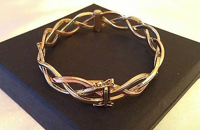 Beautiful Quality 9ct Yellow-Rose-White Gold Ladies Bracelet/Bangle. Mint cond