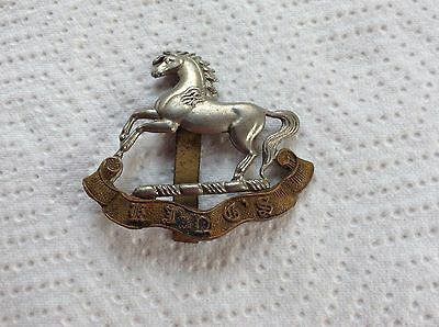WW11 The Kings Regiment ( Liverpool ) Bi Metal Hat Badge , Original Issue ,