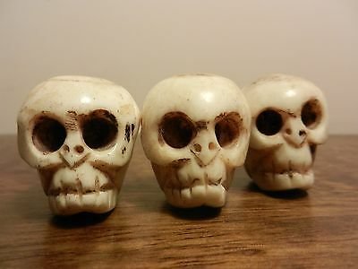 3 skull netsuke antique bovine carving Chinese Japanese Collectible