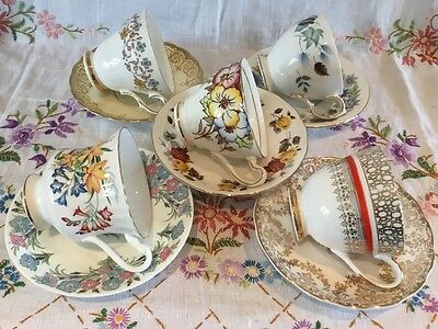 *5 Pretty Mismatched🌷vintage Bone China Tea Cups And Saucers*