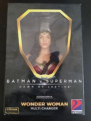 Wonder Woman Collectible Item USB Multi Charger   Samsung IPhone