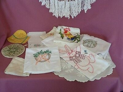 Vintage Linen Lot  Dish Towels Doiles Hankies Quilted Hotpads    R