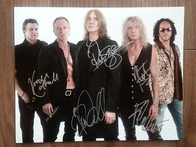 Def Leppard Original Hand Signed Autograph 8 x 10 Photo with COA