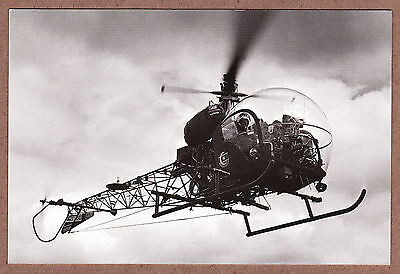 VINTAGE HISTORIC HELICOPTERS B/W RPPC - AGUSTA-BELL 47G SIOUX AH Mk.1 - UNPOSTED