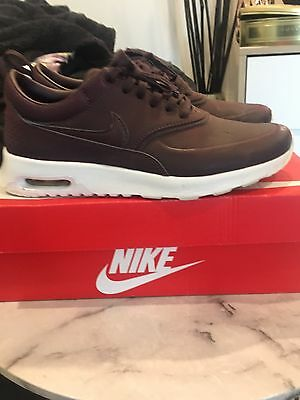 Nike Air Thea Women's Leather Burgundy Size 7