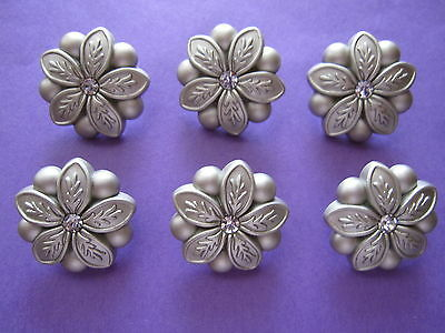 6 Dull SILVER Tone FLOWER  BUTTONS...New with rhinestone..1.7 cm...Aussie Seller