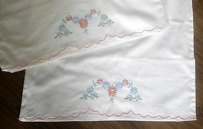 Vintage Pair Cotton Embroidered Pink & Blue Daisies Pillow Cases