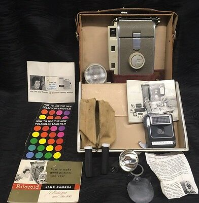 Vintage Polaroid Land Camera Model 800 with Case and Accessories Wink-Light