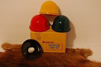 VINTAGE BROWNIE DARKROOM LAMP KIT MODEL B w/3 CUPS & ORIGINAL BOX