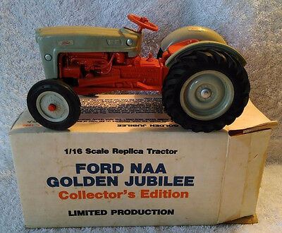 1986 Ertl Diecast 1953 Ford Tractor NAA Golden Jubilee Collector's Edition w/Box