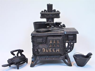 Vintage Queen Cast Iron Miniature kitchen wood/coal Stove with Accessories