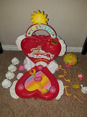 Vintage 1983 Kenner Care Bear Care Alot Cloud Playset And Accessories
