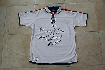 Wayne Rooney Hand Signed England Shirt Selling For Abandoned Animals  Charity