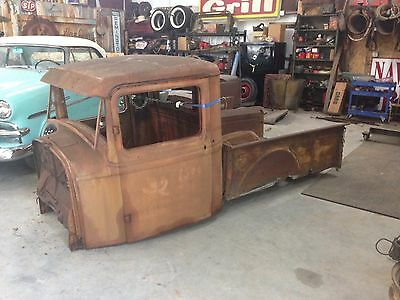 1932 Ford pickup  1932 ford pickup truck
