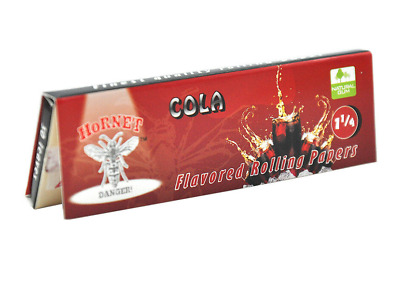 2 x Hornet Flavoured Rolling Papers 1 1/4 Size 50 Leaves Cola cigarette smoking