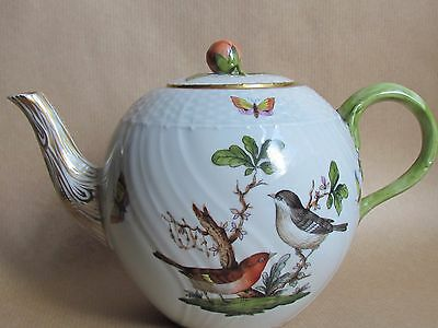 HEREND PORCELAIN ROTHSCHILD BIRD SMALL TEAPOT ROSE BUD FINIAL 1½ PINTS (Ref1755)