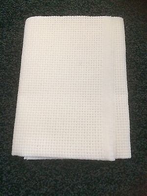 Cross Stitch Material White Aida 6 Count Size 40 X 21 Inches