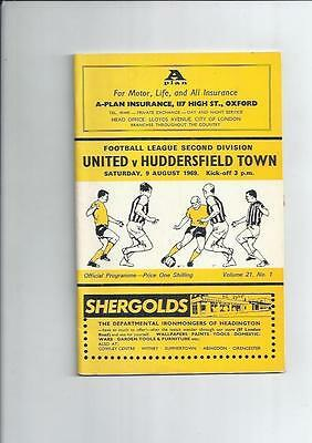 Oxford United v Huddersfield Town Football Programme 1969/70 + League Review