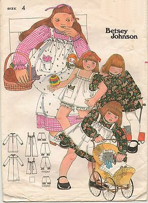 Vtg Childs Betsey Johnson Xmas 2 LENGTHS DRESS PINAFORE BLOOMERS Sew Pattern S4