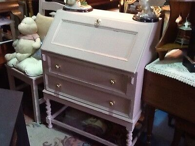 A Lovely Shabby Chic Vintage Painted Bureau