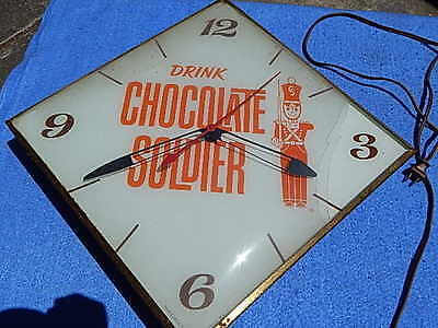 PAM CLOCK - Drink Chocolate Soldier