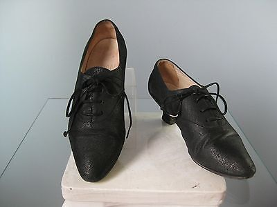 Vintage 90s Oxfords Black Lace-up Flat Joan and David Oxfords Size 7.5 B