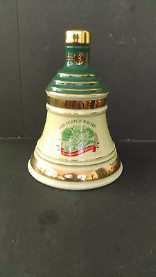Bell's Old Scotch Whisky Christmas 1998 Collectors Whisky Decanter