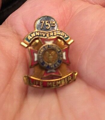 Vintage VFW Life Member Award Pin Veterans Foreign Wars Gold Filled & 75th Anniv