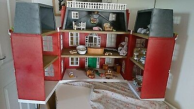 sylvanian families hotel and accessories.