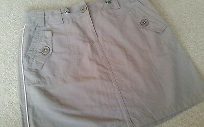 Pineapple skirt woman's size 8 toupe / Khaki colour. New with tags!