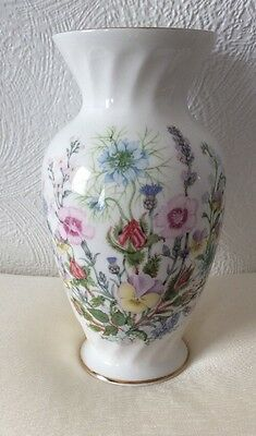 Aynsley Wild Tudor 16cm Vase With Gold Rims Excellent Condition