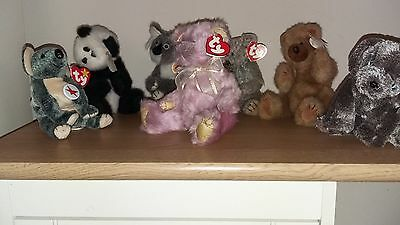 Collection of 7 ty Beanie Babies